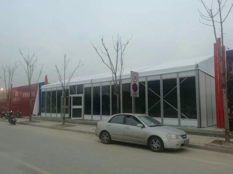 景美篷房倾力打造:滁州国强民富售楼处定制精品玻璃夹心硬质玻璃篷房